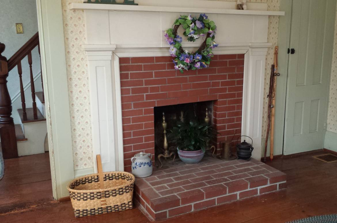 56-Joy-Valley-Road-Buxton-ME-living-room-fireplace-and-mantle-1.jpg