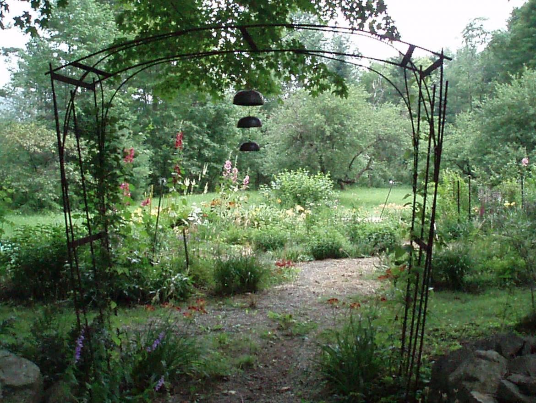 7_-Perennial-Gardens.jpg