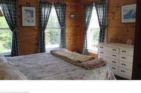 kates-bedroom.jpg