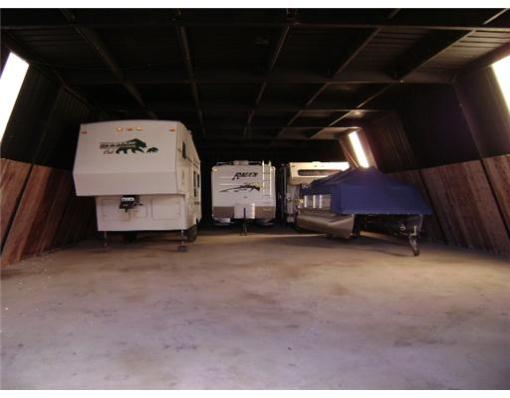 Springfield-Large-garage-Interior-1.jpg